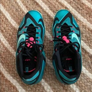 Lebron 11 South Beach Sport Turquoise size 12